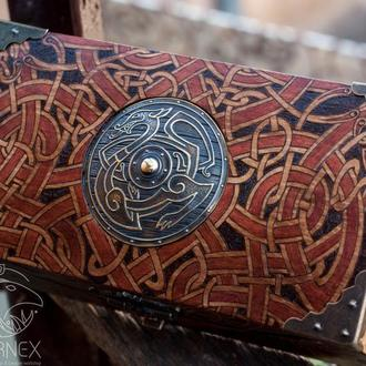 "Шкатулка ""Viking Shield"""