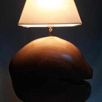 Лампа настільна 001