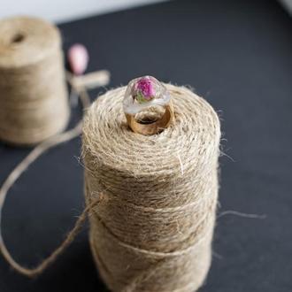 кольцо с розой, кольцо с живым цветком, перстень из  дерева и эпоксидной смолы, подарок кольцо