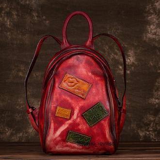 Шкіряний рюкза с нашивками