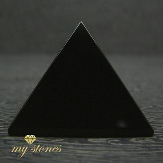 Пирамида из натурального обсидиана
