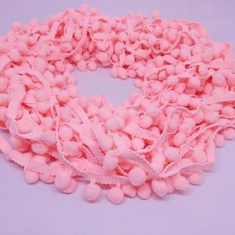 Тесьма с помпонами розовый персик