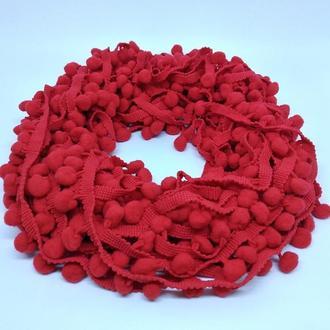Тесьма с помпонами красная