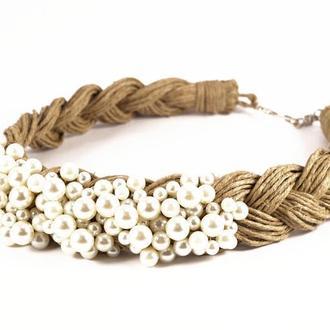 Ожерелье из жемчужных бучин и льняной нити. Перламутровое украшение.