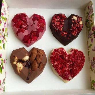 Шоколадные сердца из натурального шоколада