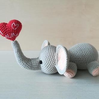 Іграшка слоник з сердцем