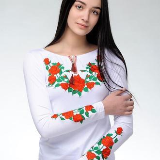 Жіноча вишита футболка Троянда