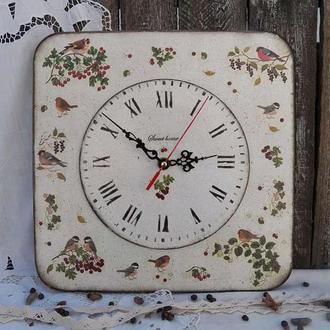 Часы в стиле кантри