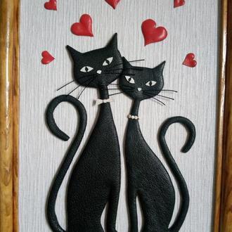"""Картина зі шкіри """"Закохані коти"""""""