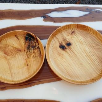 Тарілки з дерева