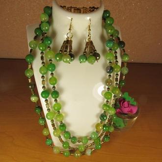Комплект прикрас (намисто та сережки) з зеленого агату