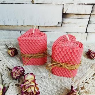 Розовые свечи сердечки