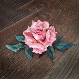 Нежная роза из шелка ′Фламинго′