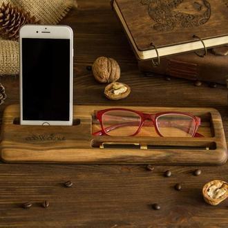 Деревянная подставка органайзер для телефона очков ручки из дерева подарок мужу босу парню