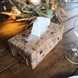 Диспенсер для салфеток \ Салфетница из пробки / Эксклюзивный винный декор ручной работы.