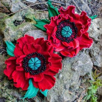 Брошь-мак из красной кожи «MaryS Leather Accessories» от Cтудии аксессуаров Марии Суслиной