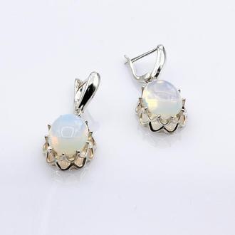 Серебряные серьги с лунным камнем Идиллия