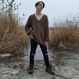 Стильный мужской свитер оверсайз