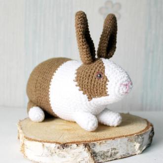 Вязаный кролик с морковкой/Пасхальный кролик/Crochet rabbit with  the carrot