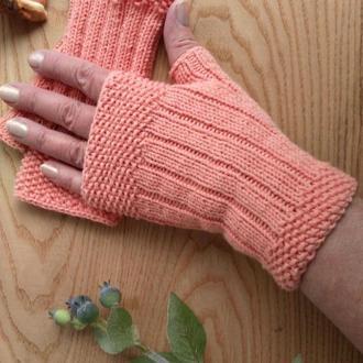 Вязаные перчатки без пальцев - митенки