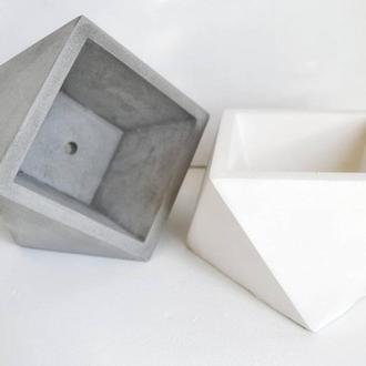 """Горшок из бетона """"Oblique Cube"""""""
