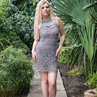 Платье серый металлик крючком