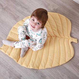 Коврик - листик для детской комнаты в желтом цвете Yellow