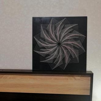 """Интерьерная картина в стиле string art """"Вихрь"""""""