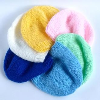 Нежная шапочка для младенца