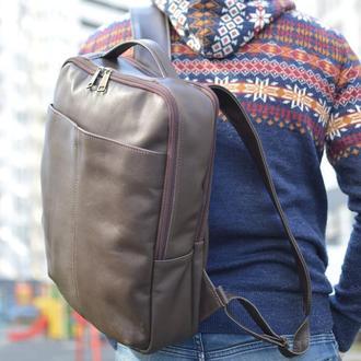 Мягкий кожаный коричневый унисекс рюкзак для города с карманом для ноутбука TARWA 7280