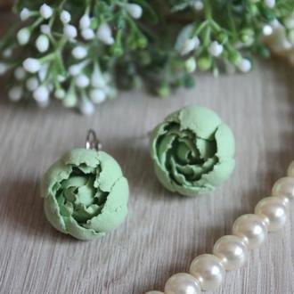 """Зеленые серьги цветы """"Мятные пионы"""""""