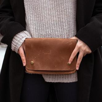 Современная и стильная кожаная поясная сумка