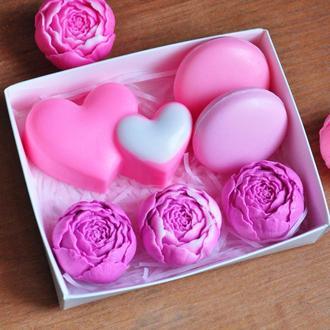 Подарочный набор мыла для девушки