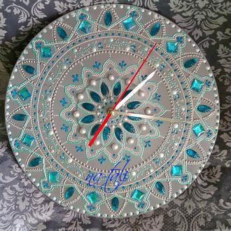 """Интерьерные часы """"Капель"""". Нежные и изысканные."""