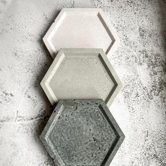 Блюдо из бетона. Поддон для цветочных горшков