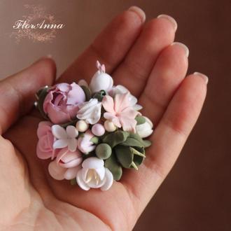 "Заколка/брошь  ""Пионы с фрезиями и розами"""