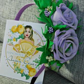 Яркий ободок с розами, цвет сиреневый