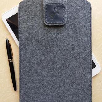 """Чехол универсальный для планшета 10"""" (9,7""""-10,5""""), светло-серый."""