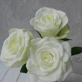 Розы белые из фоамирана