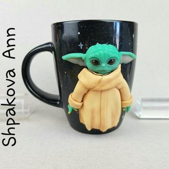 """Чашка с маленьким Йодой из мегапопулярной франшизы """"Звездные войны"""""""