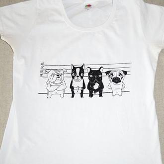Стильна жіноча футболка з принтом