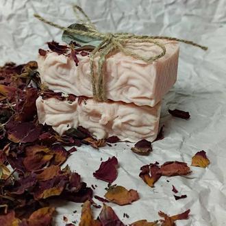 Натуральное  мыло Роза (нежный крем)