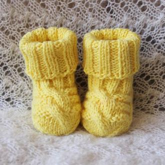 Нежные желто-лимонные носочки baby wool