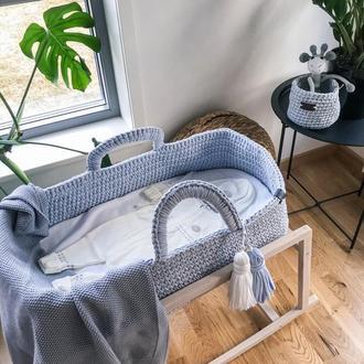 Вязаная люлька для новорожденного