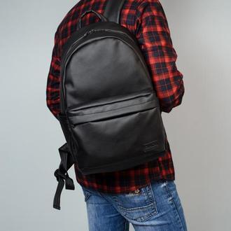 Большой мужской черный рюкзак в спортзал
