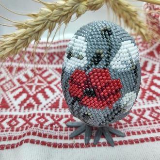 Яйцо из бисера Маки, подставка в подарок