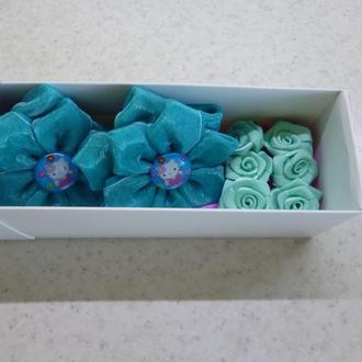Набір резинок і шпильок в подарунковій упаковці