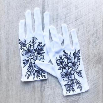 Перчатки хлопковые белые с принтом цветов