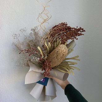 Букет из сухоцветов с банксией