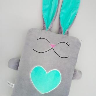 Мягкая игрушка подушка Strekoza Влюбленный Заяц 34см серый мятный